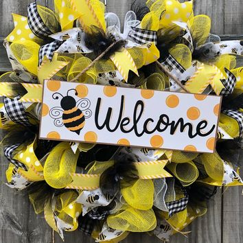 Bee Welcome Wreath, Everyday Wreath Spring Wreath, Door Decor, Door Hanger