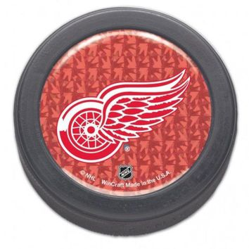 DCCKG8Q NHL Detroit Red Wings Prism Packaged Hockey Puck