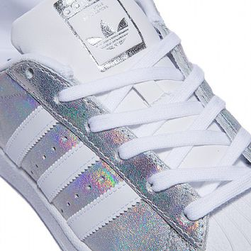Womens Superstar Iridescent Trainer
