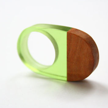 Large modern curved statement ring handmade from Australian wood and green resin made in Australia. Size 8