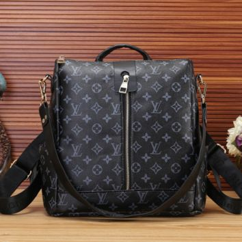 BLACK LV LEATHER BAG JUICEACTION