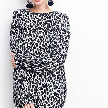 Easel soft loose fit leopard sweat shirt tunic
