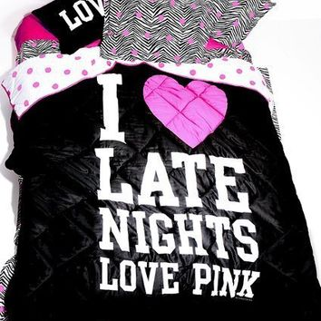 NEW VICTORIAS SECRET PINK I love late Nights Bedding Comforter Blanket Throw NEW