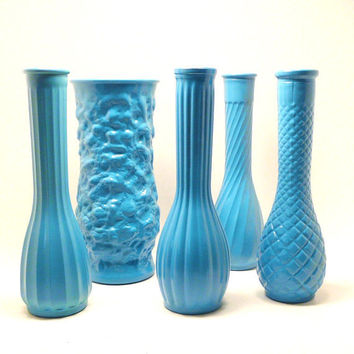 vintage milk glass vases // turquoise, aqua blue, upcycled vase collection, 60s decor, retro, colorful, wedding, summer