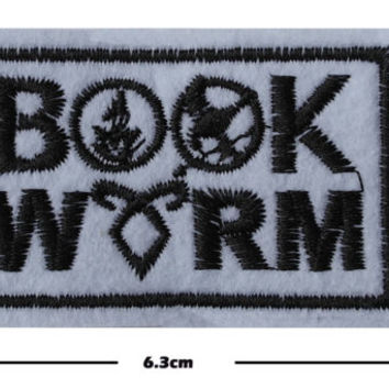 Book worm Iron/Sew On Embroidered Patch Badge Embroidery reader Motif book lover | eBay