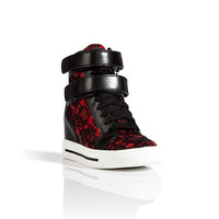 Marc by Marc Jacobs - Leather/Lace Wedge Sneakers in Red/Black