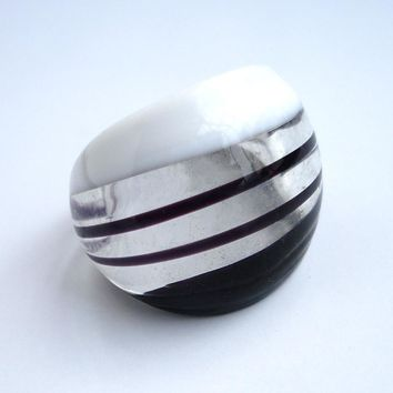 RED SNAKE  Fashion Ring Handmade Black and White Translucent Murano Glass Rings