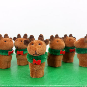 Miniature Flocked Reindeer Christmas Mini Figurines Tiny Deer Holiday Diorama Dollhouse Decor Fuzzy Plastic Craft Supplies Crafting Supply