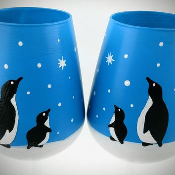 Penguin winter scene stemless wine glasses, snow scene, set of two, hand painted, high quality glass, barware, decorated wine glasses