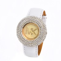 Stylish Fashion Designer Watch ON SALE (With Thanksgiving&Christmas Gift Box)= 4121334084