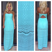 Daphne Crochet Strapless Maxi Dress - MINT
