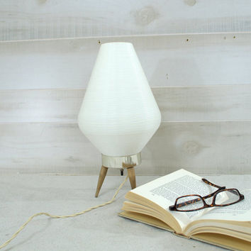 White Mid Century Danish Modern Atomic Beehive Lamp, Vintage 1960s Retro MCM Accent Table Lamp