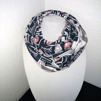 New York Yankees Infinity Scarf - Lightweight Cotton, jersey knit - Beautiful, baseball scarf, woman's scarf, MLB