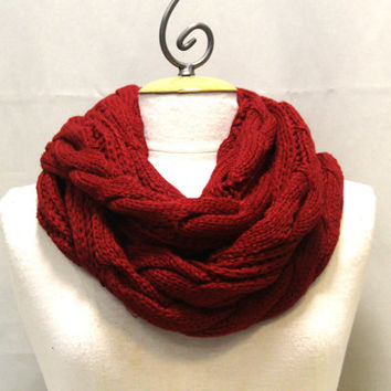 burgundy chunky knit cable knit infinity scarf maroon cranberry SC31