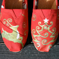 Xmas Dance  ( Send me your Toms and I will paint this design for you.)