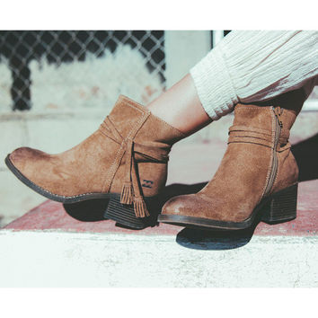 Billabong Wrap Around Booties | Chestnut