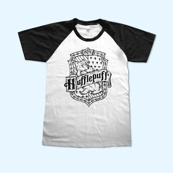 Harry Potter Hufflepuff House Logo short sleeve - Gift for friend - Present