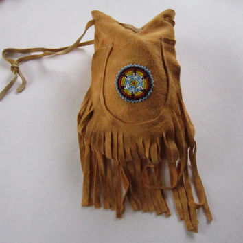 Large Possibles  Half Moon Leather Bag w/ Glass Beaded Rosette  Rendezvous  Mountain Medicine Man