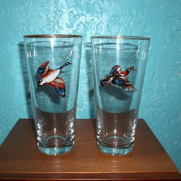Set of 2 Vintage Gold Rimmed Pheasant Geese Bird Highball Drink Glasses Perfect for a Retro Bar