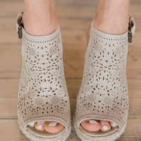 Not Rated Jobyna Wedges ~ Nude