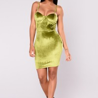 Sippin' Tea Velvet Dress - Green