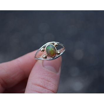 Four Points Opal Ring // Size 8.5