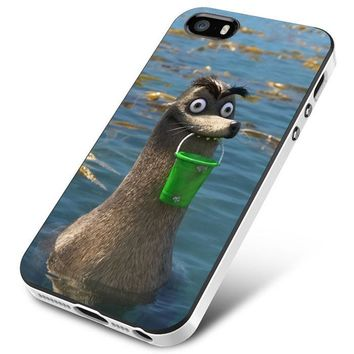 Gerald Finding Dory iPhone 5 | 5S | 5SE Case Planetscase.com