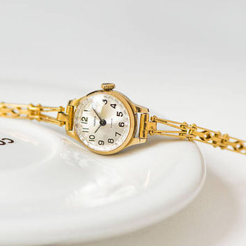 Vintage women's watch bracelet Seagull, gold plated woman watch bracelet gift, petite cocktail watch her, feminine watch bracelet ornamented