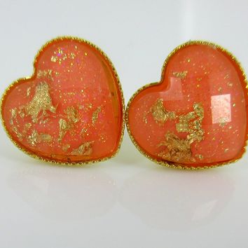 Gold-Tone Heart Shaped Faceted Resin Gold Foil Peach Stud Earrings 12mm