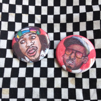 Outkast Button