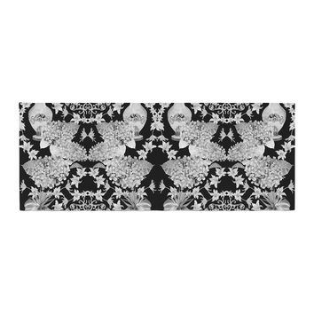 "DLKG Design ""Versailles Black"" Bed Runner"