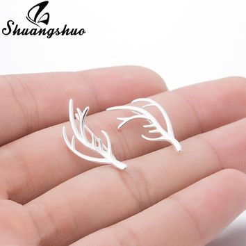 Shuangshuo Luxury Deer Antler Earrings Deer Horn Ear Pin Stag Ear Climber Horn Ear Crawler Rein Deer Horn Earrings for Women