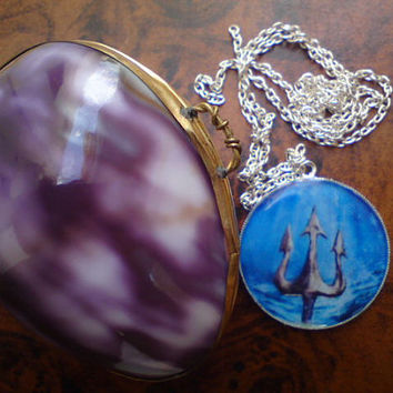 Poseidon's trident pendant in real shell box.Spears.Α Greek Amulet symbol who brings good luck. For sexual energy and ability to impregnate
