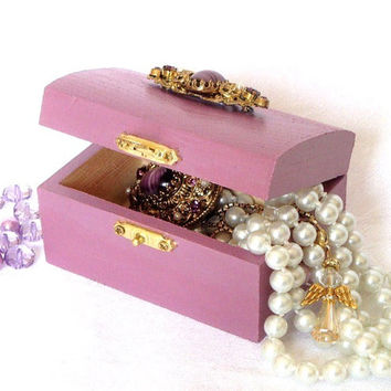 Trinket Box Jewelry Box Purple Lilac Radiant Orchid with Vintage Brooch Teens Gift