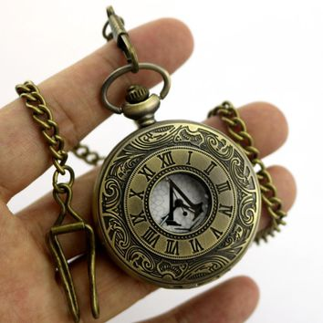 4.5cm Anime Assassin's Creed Ezio Connor Edward Pocket Watch Connor Carry Retro Watch Collection Model Cosplay Pocket Watch