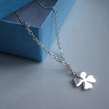 Four leaf clover necklace, Graduation gift, Best friend gift, good luck gift, silver jewellery uk