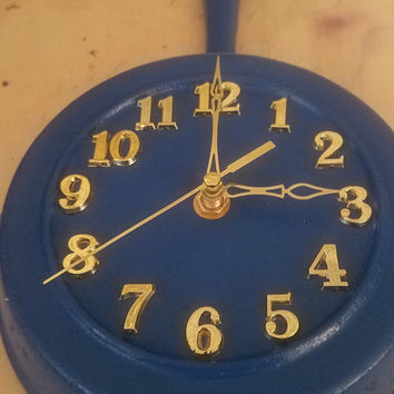 Blue Round Rustic Country Authentic Lodge Cast Iron Skillet Frying Pan Clock