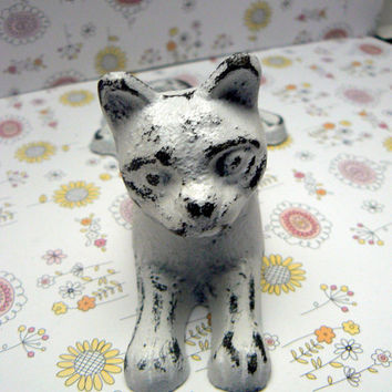 Cat Door Stop Cast Iron Shabby Chic White White Distressed Kitty Kitten Doorstop Prop Animal Feline