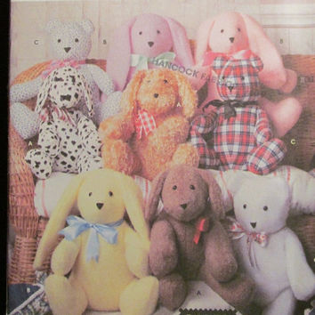 SALE Uncut Simplicity Sewing Pattern, 9524! Stuffed Animal toys/Home Decor/Elaine Heigl Designs/Stuffed Bear/Stuffed Rabbit/Stuffed Dog/Buil