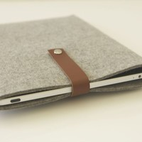 FoundMadeNew — iPad Sleeve - iPad2 without smart cover