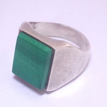 Man's Antique Sterling Ring, Sterling Malachite Ring, Mexican Sterling 925 Antique Ring With Gemstone, Old silver size 9.5 Ring.