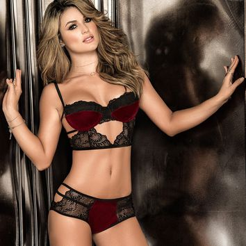 Strappy Lace And Velvet Set