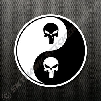Punisher Skull Yin Yang Vinyl Decal Bumper Sticker Macbook Air Sticker Car Truck Sticker Motorcycle Sticker Molon Labe Sticker