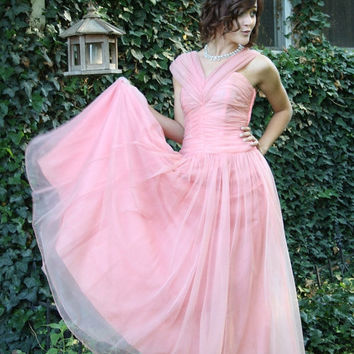 ON SALE 50s peach prom dress party chiffon pin up bombshell apricot wedding size small