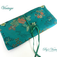Vintage Asian Satin Embroidered Jewelry Bags, Green Satin Embroidered Travel Case
