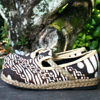 Womens Shoes, Hand Drawn Earthy Jogjakarta Batik Vegan Loafers - Casey