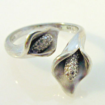 Sterling Silver Flower cuff Ring lilly with Melee Diamonds on piston size 8