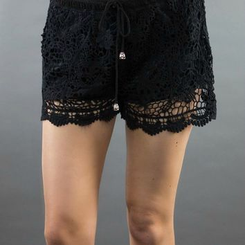 Paper Crane | The Lacery Shorts in Black