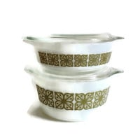 Vintage Pyrex Casseroles, Square Flower, Green Verde, Set of Two, 1 Quart and 1 Pint Size, Covered, Retro Kitchen