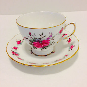 Queen Anne Fine Bone China Teacup And Saucer/Pattern # 8186/Tiny Red Roses